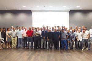 Cromogenia celebra una reunión internacional de técnicos del cuero