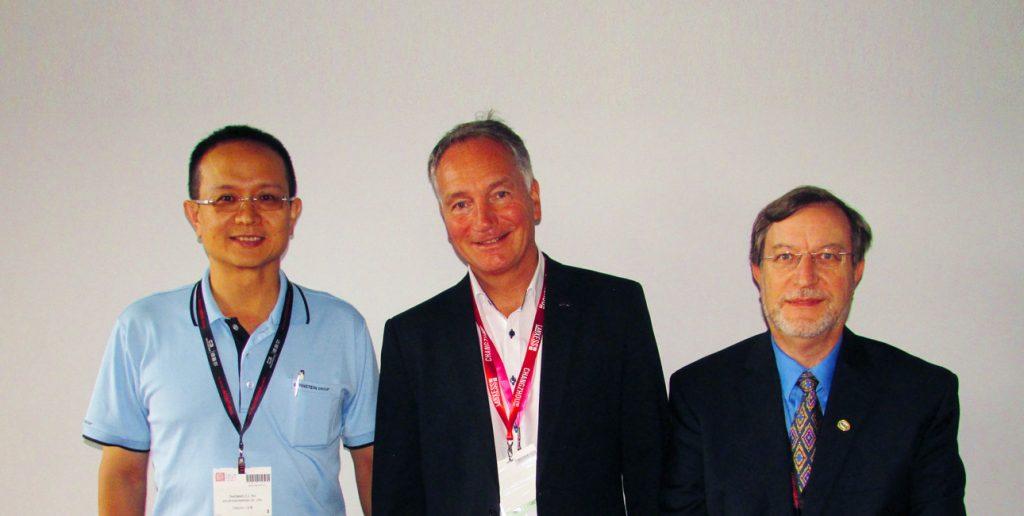 De izq. a dcha., Thomas Yu, Dietrich Tegtmeyer  y Luis Zugno.