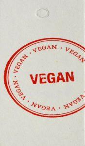 Etiqueta de «cuero vegano» promovida por PETA.