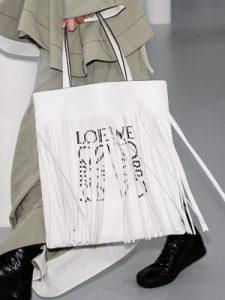 Loewe.