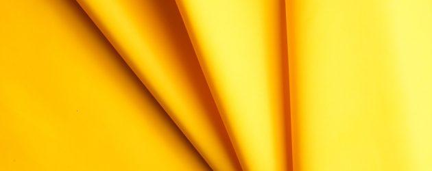 Schmid, el futuro del nailon es el color