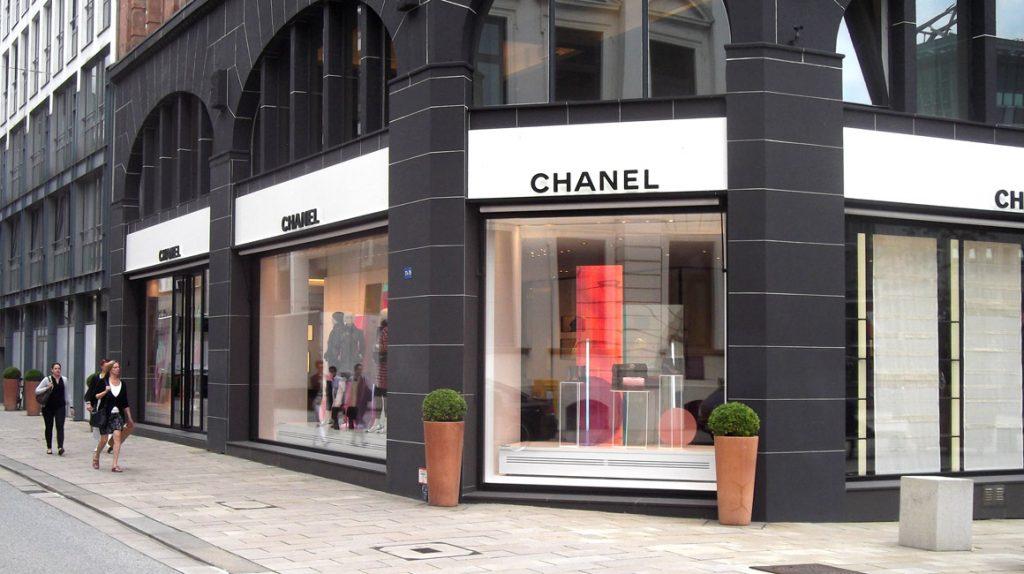 Tienda de Chanel. Fuente: AltSylt (wikimedia). CC 4.0.