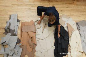 Hyundai y Zero+Maria Cornejo crean una colección con restos de cuero de coches